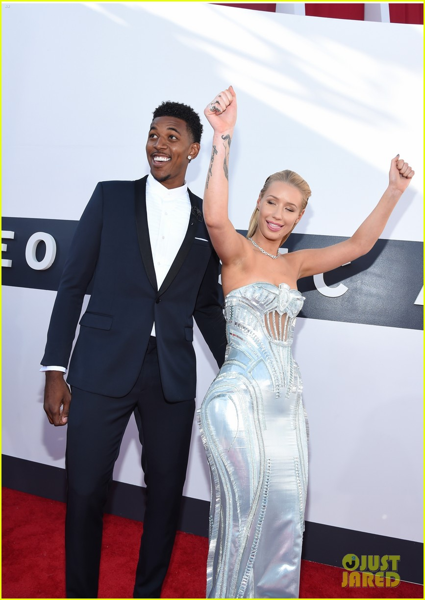 iggy azalea nick young mtv vmas 2014 103182335