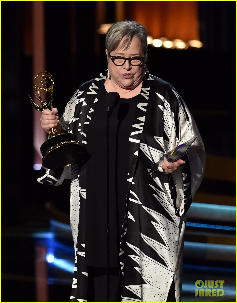 kathy bates was shocked to win emmy award 103183747