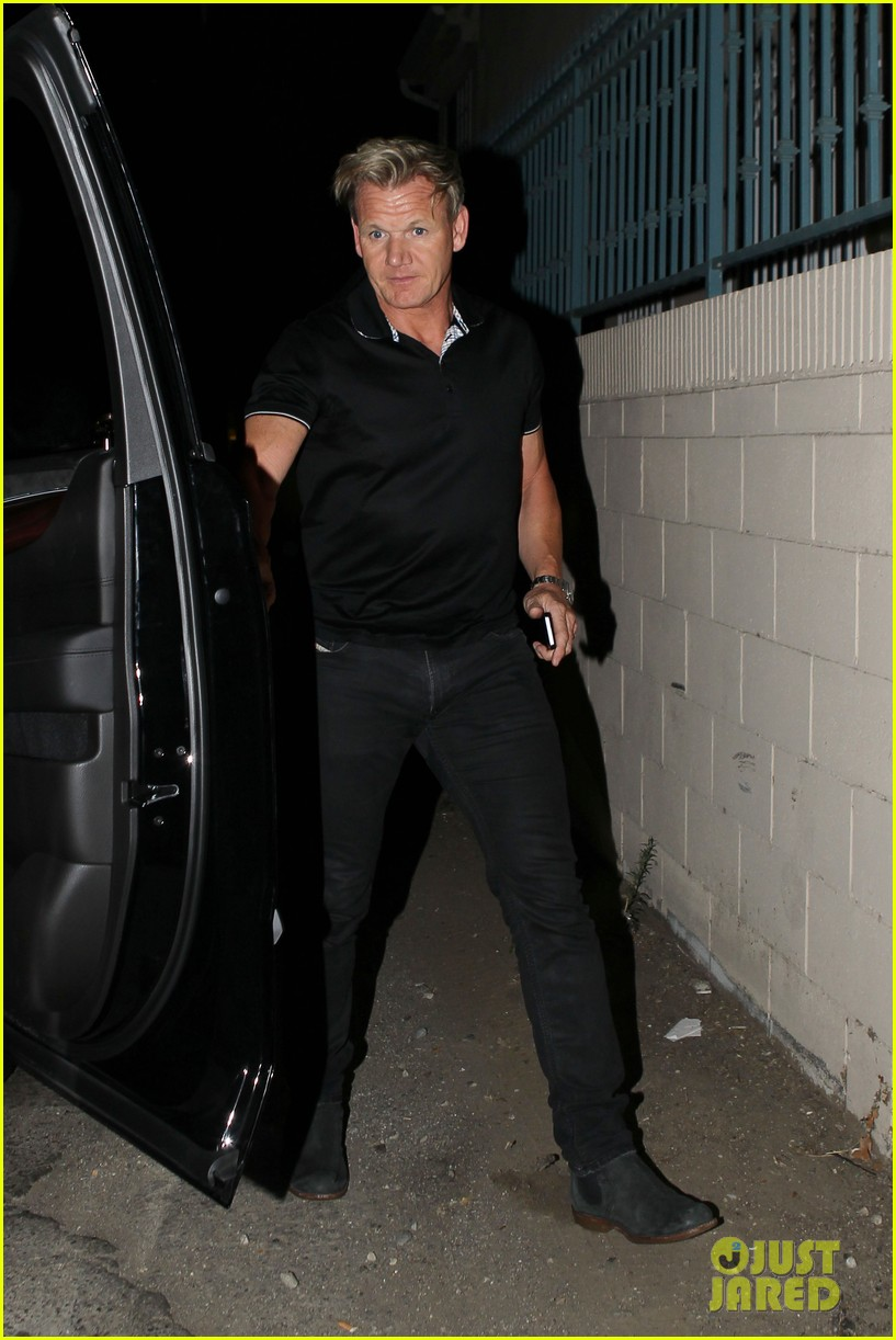 david beckham victoria dine separately with their good pals 063180102