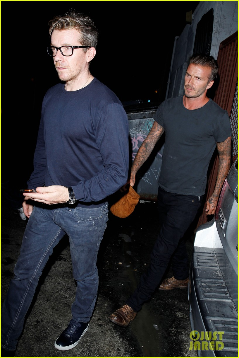 david beckham victoria dine separately with their good pals 11