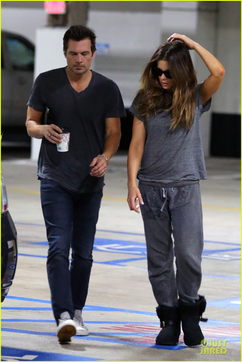 Kate Beckinsale Will Work With Mel Raido on \'The Disappointments ...