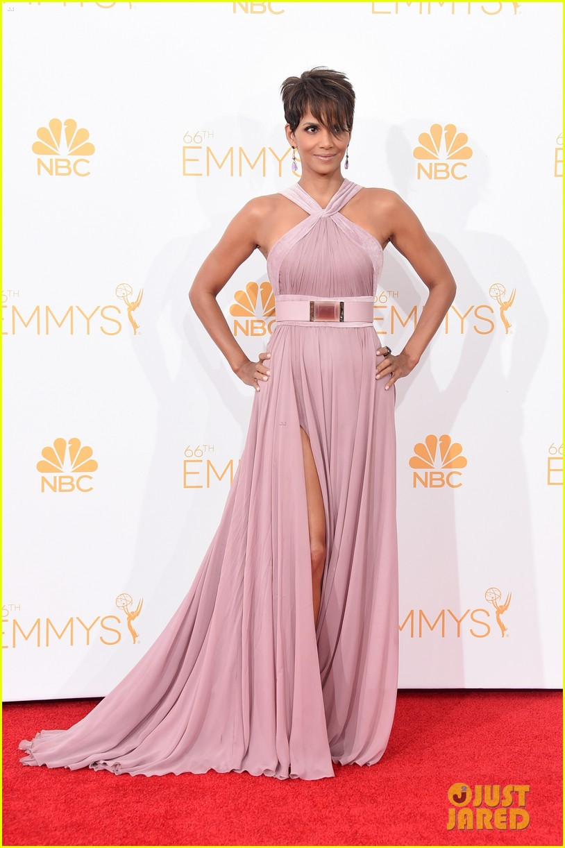 halle berry emmys 2014 103183860