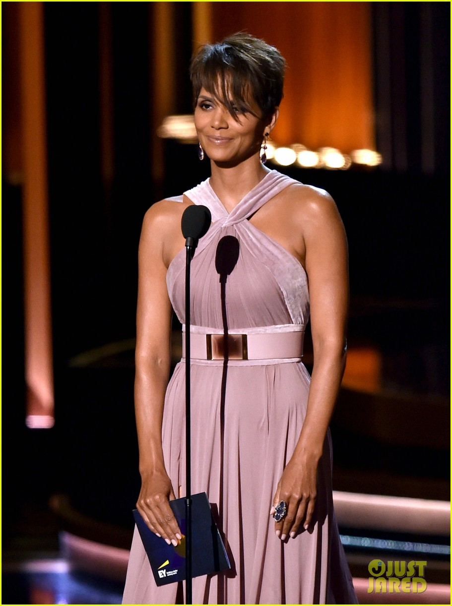 halle berry emmys 2014 133183863