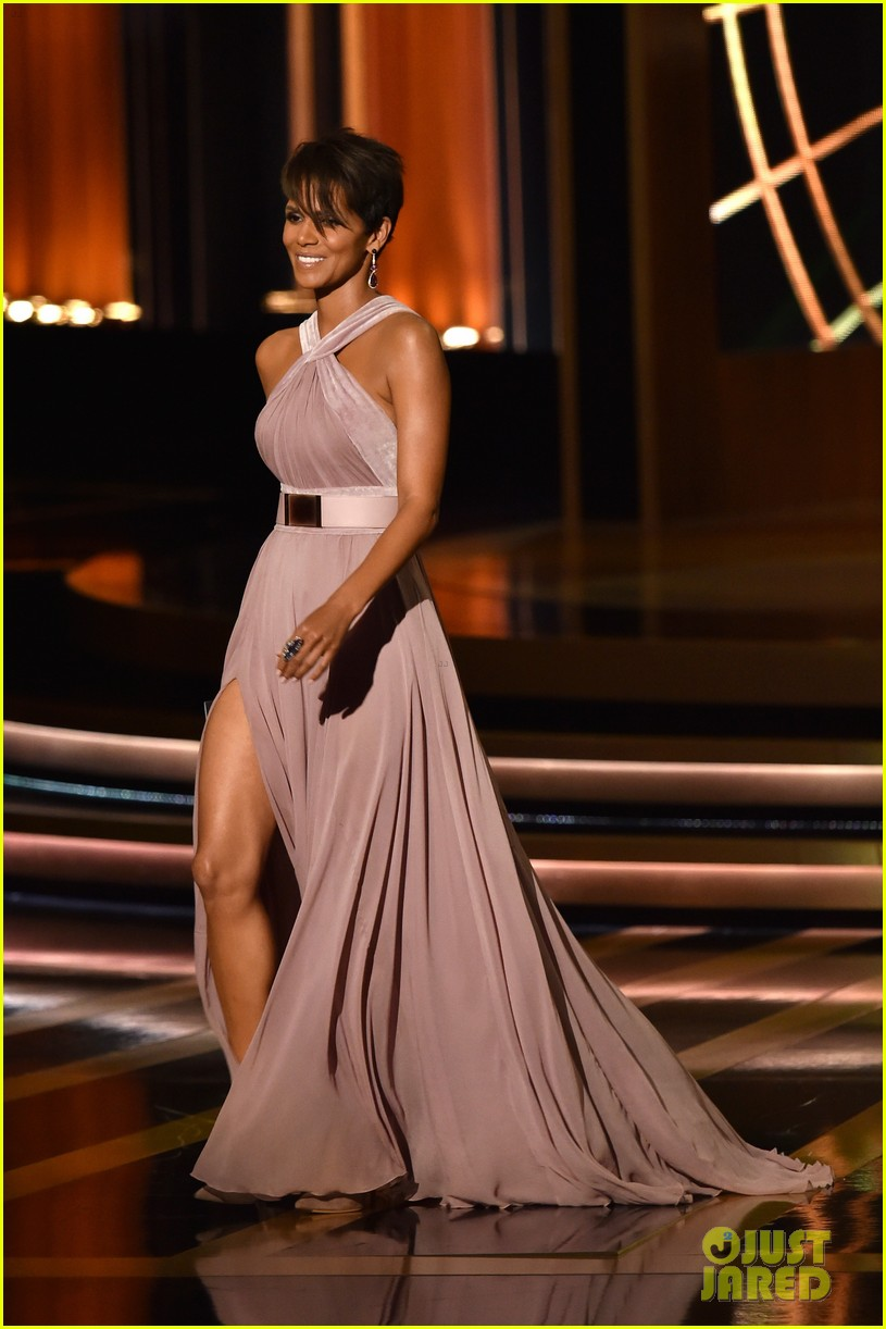 halle berry emmys 2014 153183865