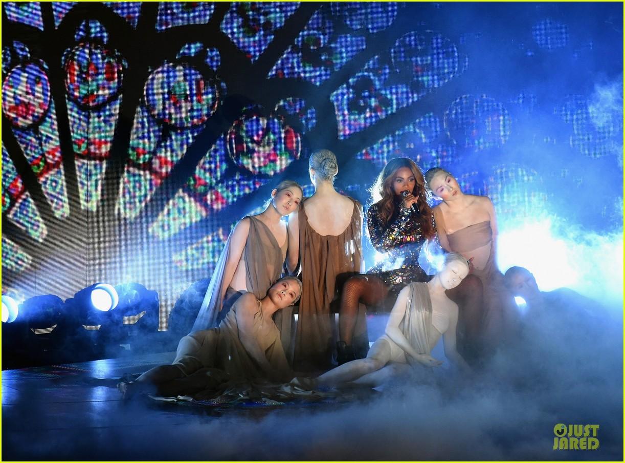 beyonce vmas 2014 performance video 023182607