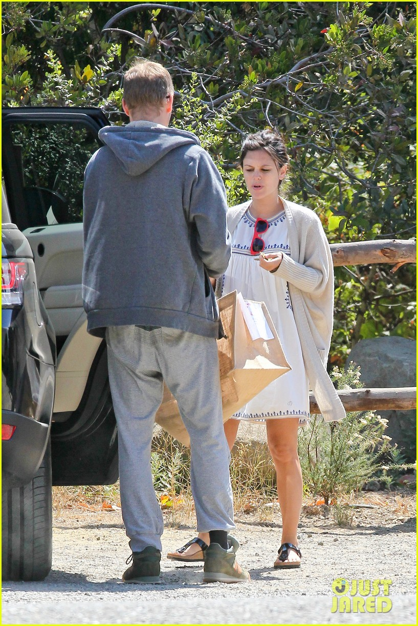 rachel bilson birthday walk trail hayden christensen 05