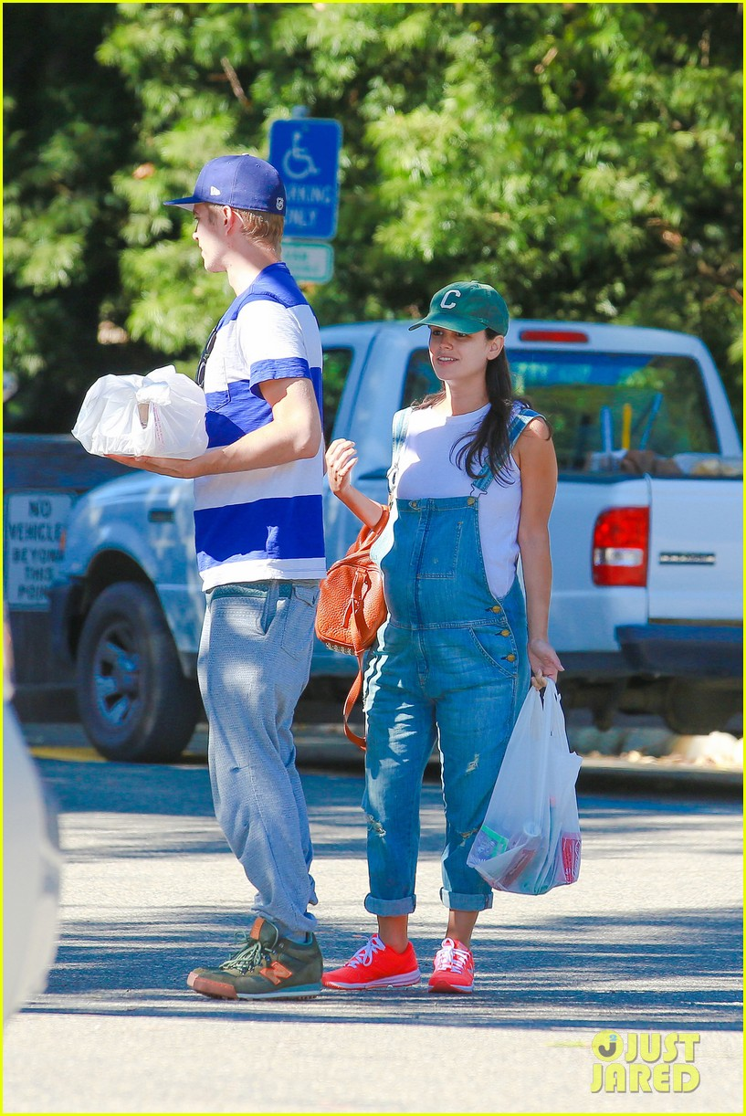 rachel bilson hayden christensen take another babymoon 023182850