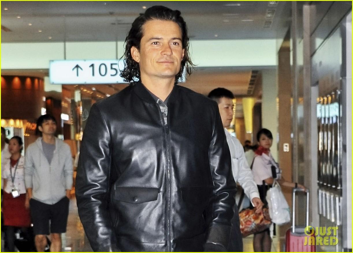 orlando bloom leather jacket sexy 023185470