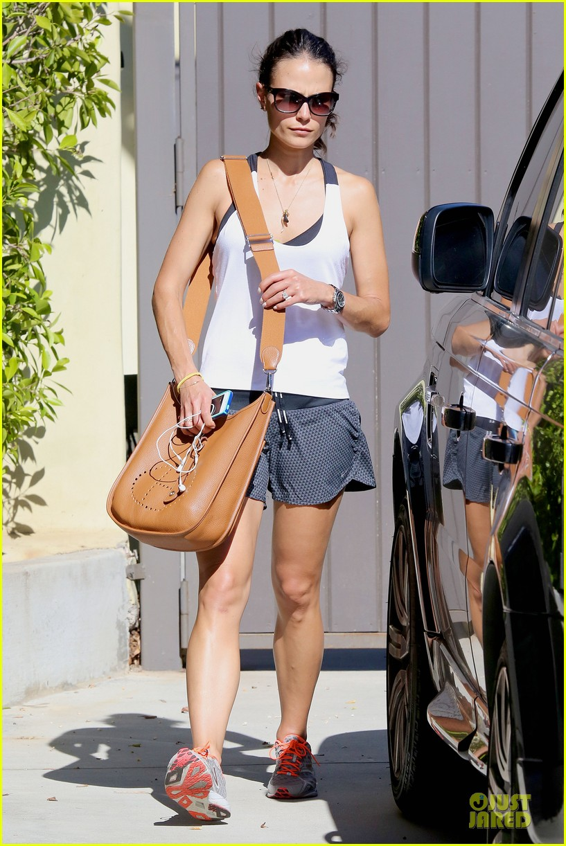 jordana brewster gets heart pumping before dallas returns 073177500