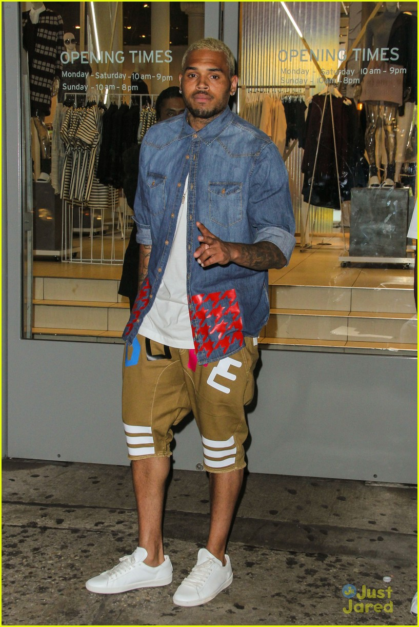 chris brown new flame billboard hot one hundred 043179933