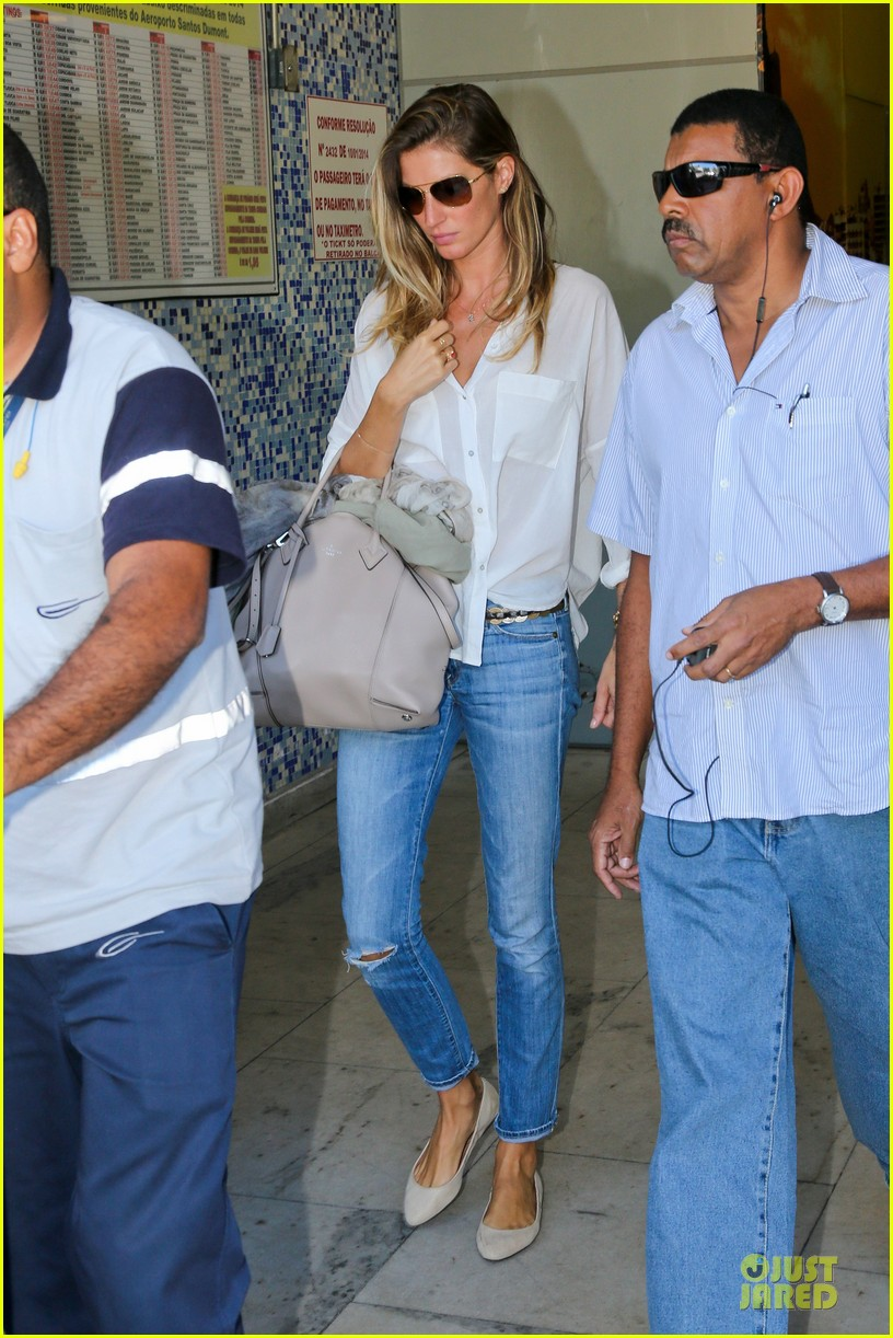 gisele bundchen brazil after playing soccer 083182747