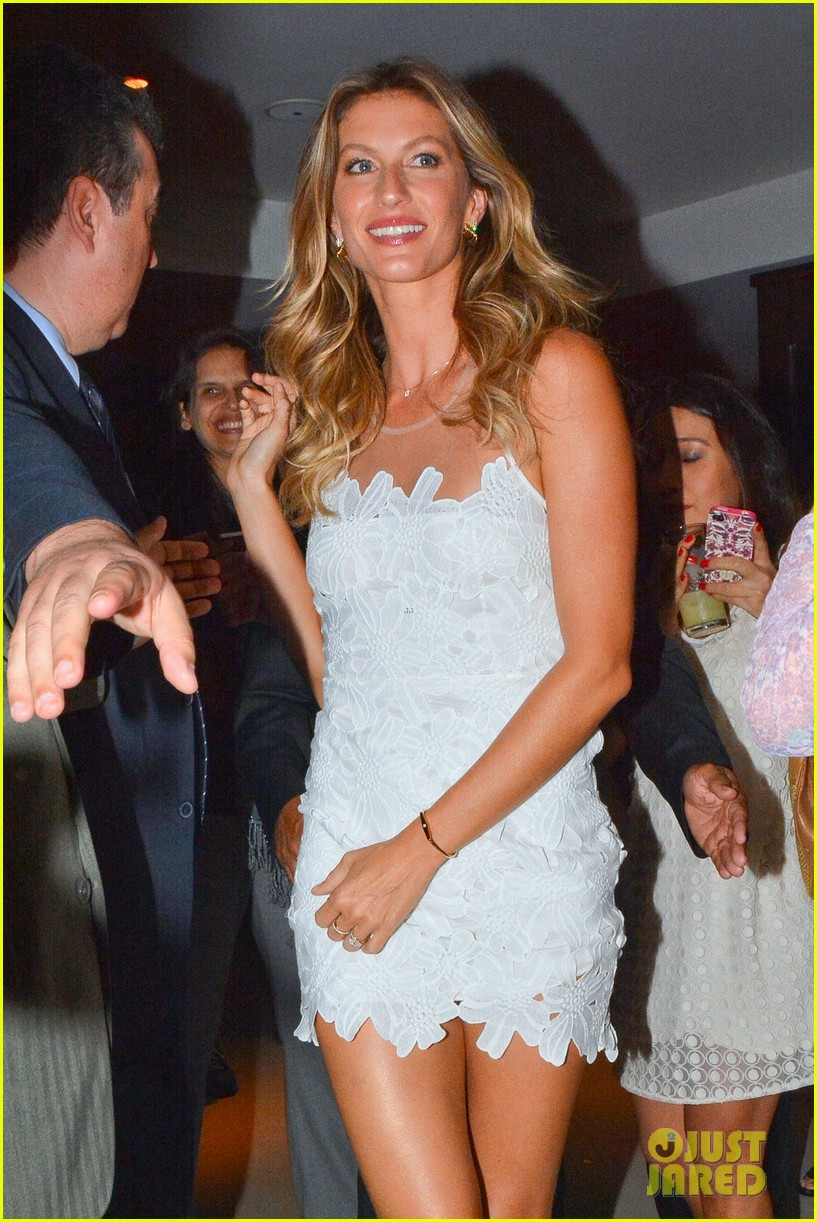 gisele bundchen launches her intimates line in brazil 033184593