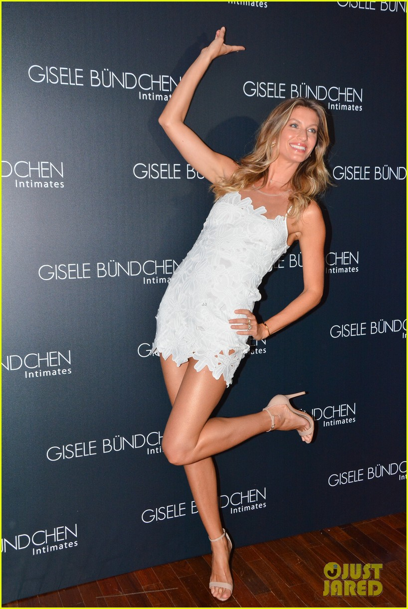 gisele bundchen launches her intimates line in brazil 073184597