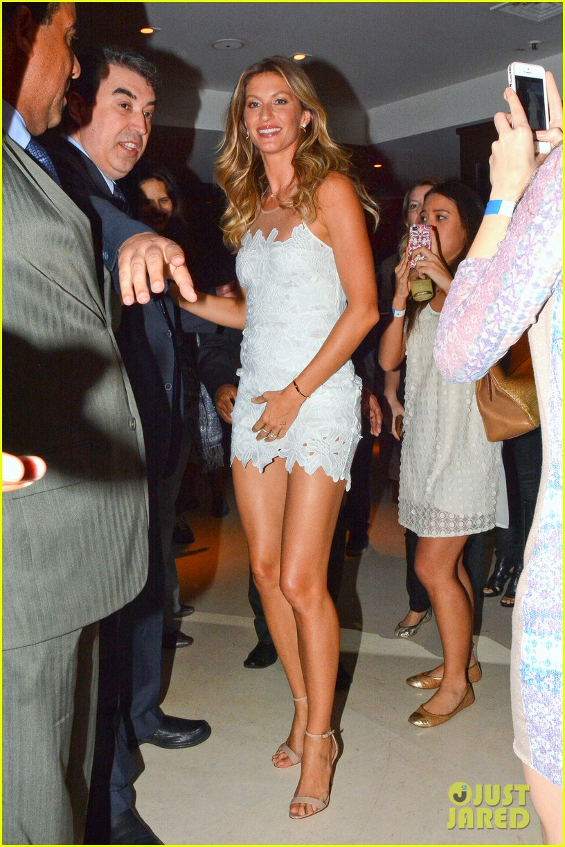 gisele bundchen launches her intimates line in brazil 153184605