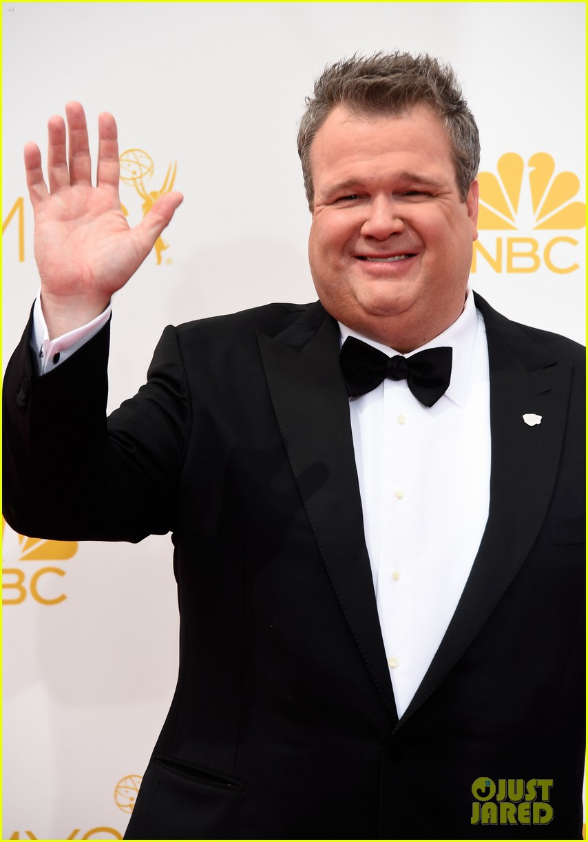 ty burrell eric stonestreet emmy red carpet 063183411