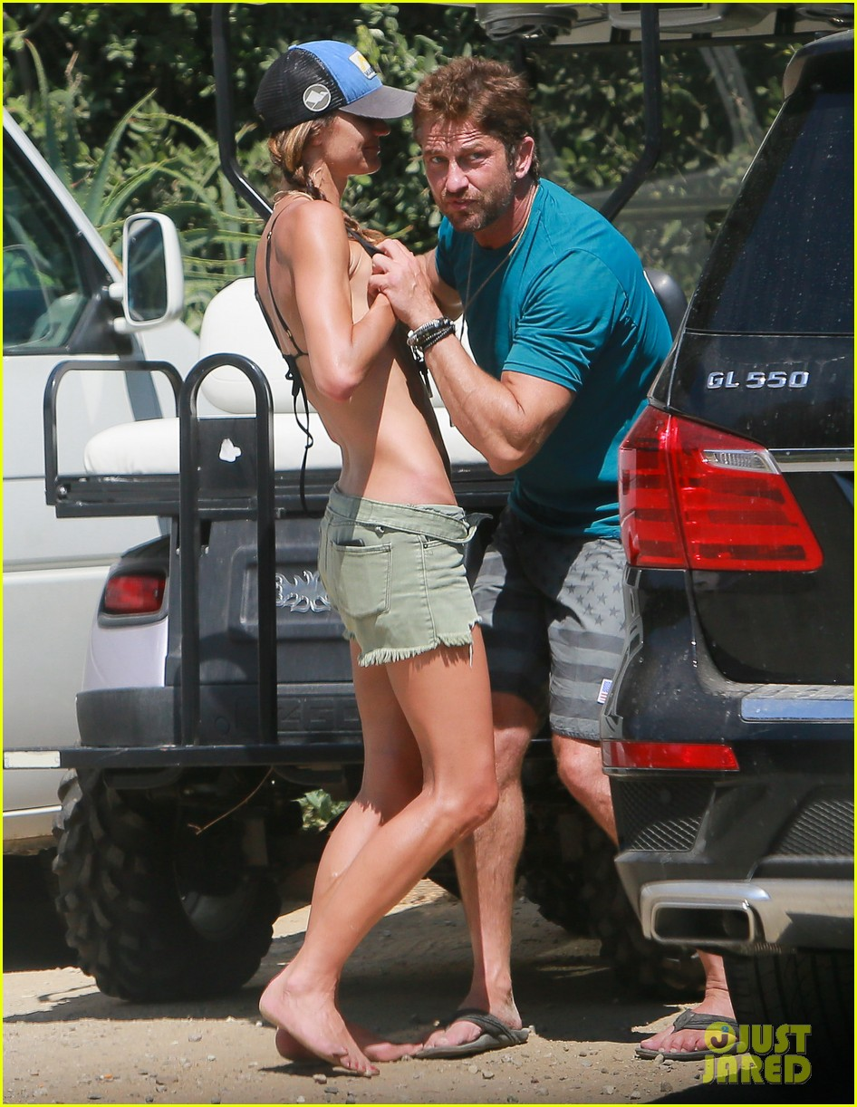 gerard butler cant keep his hands off his mystery girl 193183117