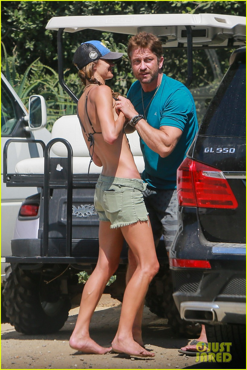 gerard butler cant keep his hands off his mystery girl 203183118