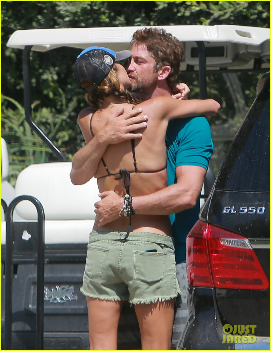 gerard butler cant keep his hands off his mystery girl 343183132