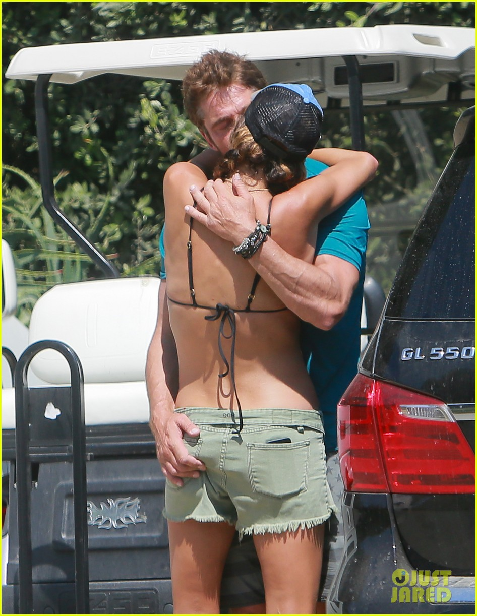 gerard butler cant keep his hands off his mystery girl 443183142