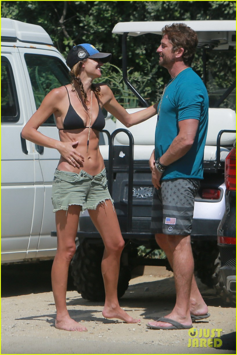 gerard butler cant keep his hands off his mystery girl 483183146
