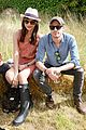 cara delevingne douglas booth mulberry wilderness picnic 06
