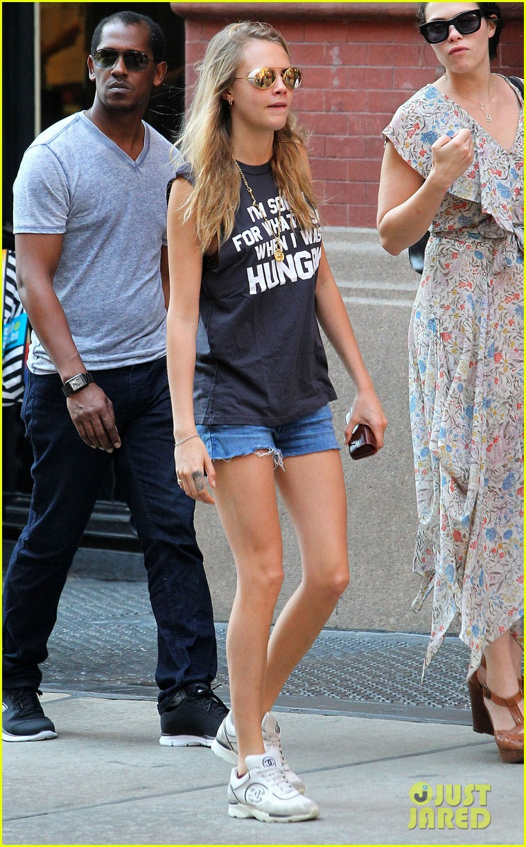 cara delevingne sorry for what said hungry 033185515