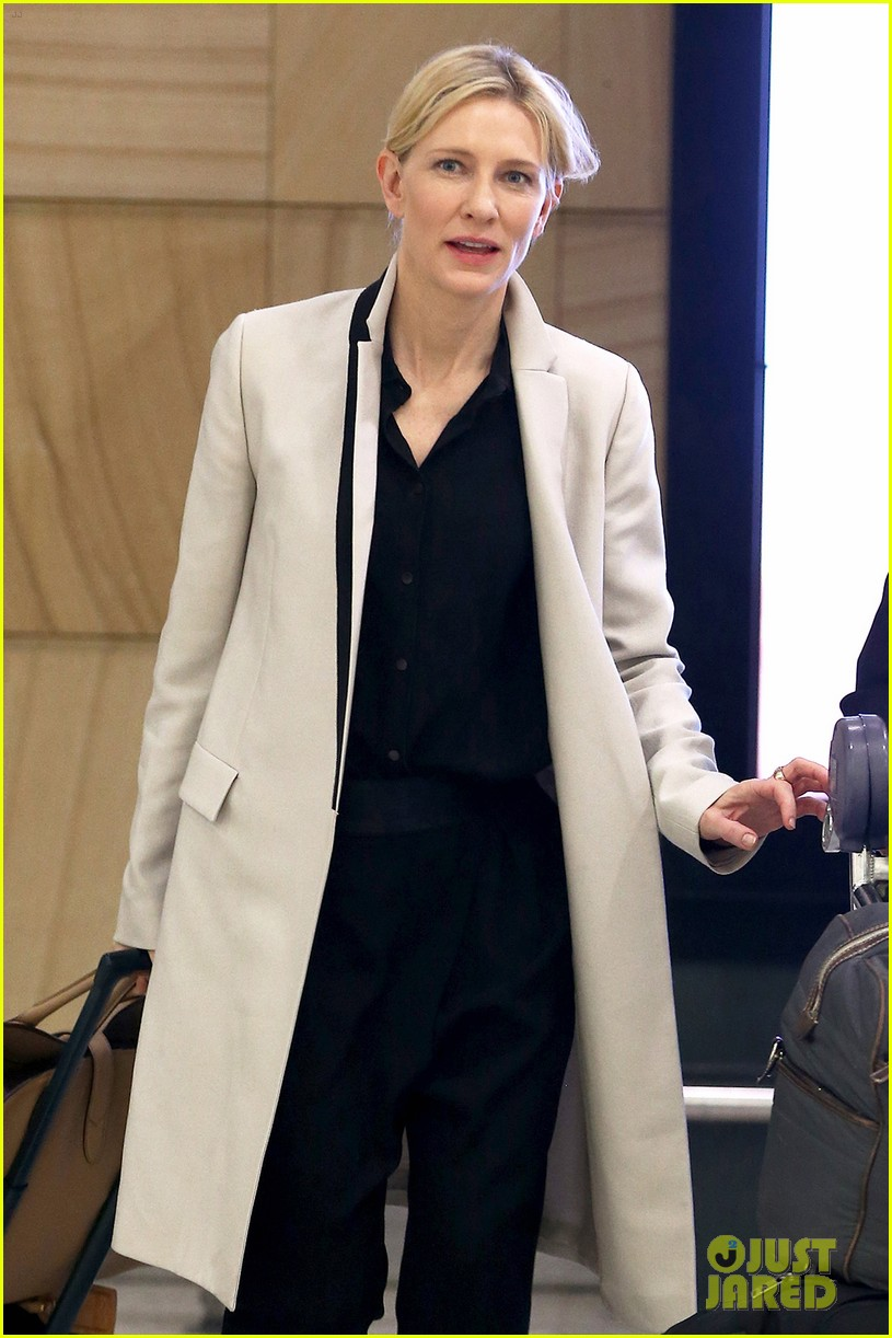 cate blanchett lands in australia after jungle book casting news 073184190