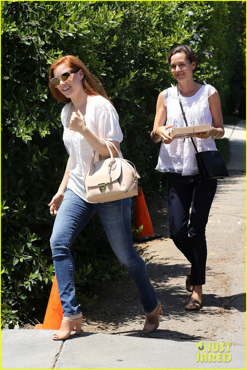 jessica chastain amy adams gifting suite 023174555
