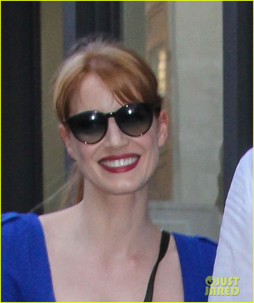 jessica chastain boyfriend gian luca hold hands nyc 053179863