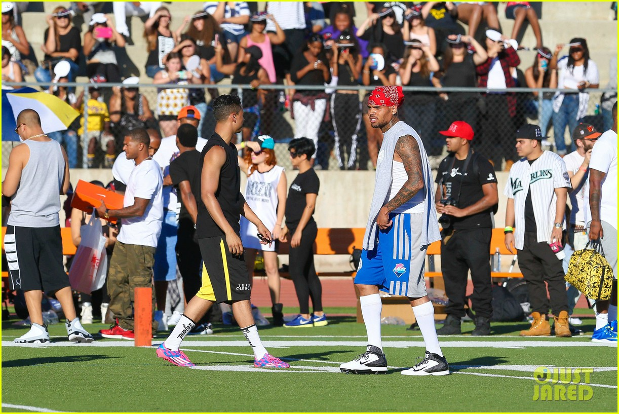 chris brown karrueche tran celebrity flag football game 083177898