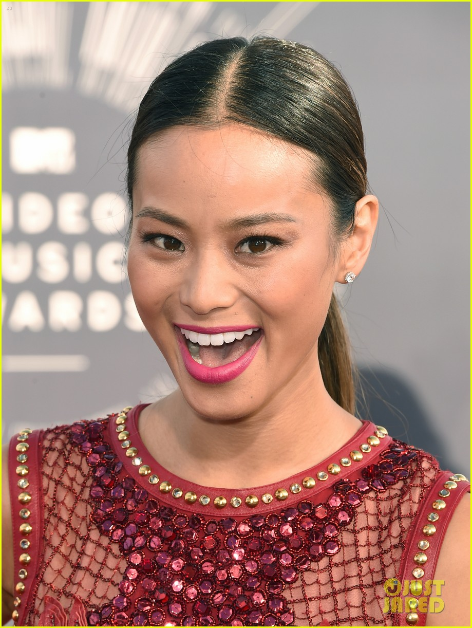 jamie chung lace red mtv vmas 023182544