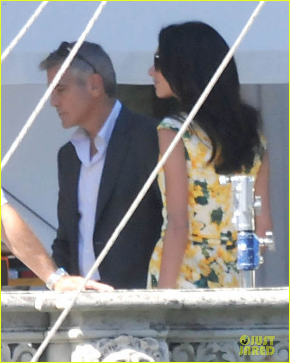 george clooney gets visit from amal alamuddin on set 123185140