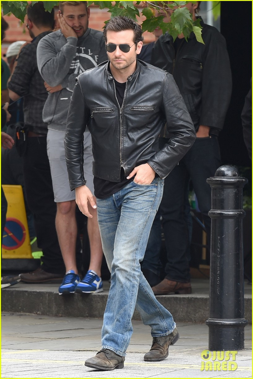 bradley cooper flashes mega watt smile on set 07