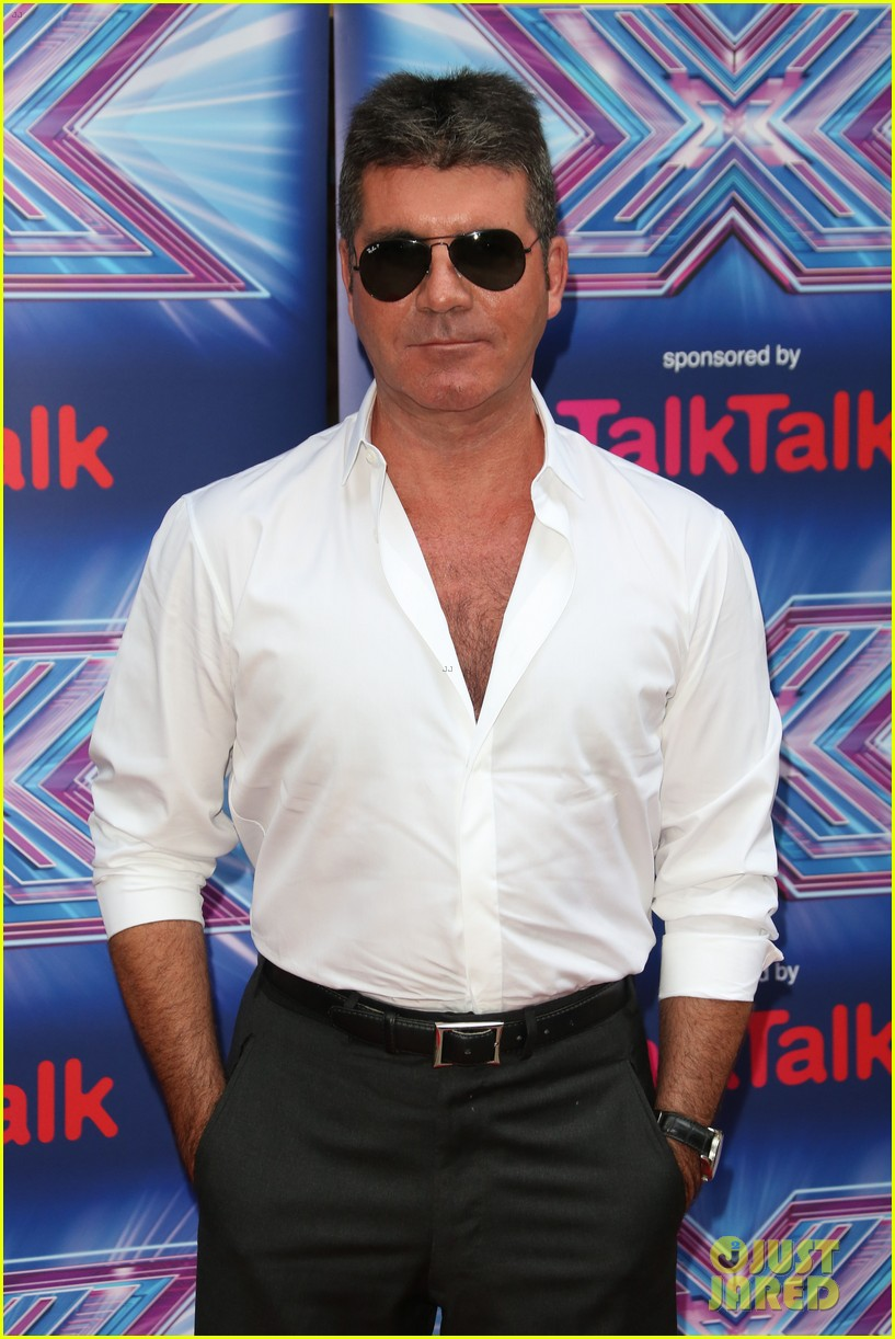 simon cowell girlfriend lauren silverman show some affection at x factor uk 02
