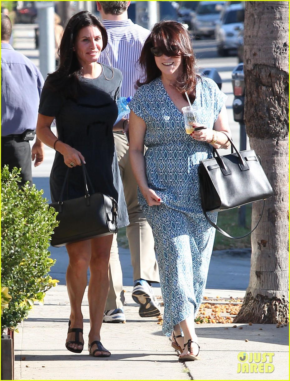 courteney cox steps out after friends ladies reunite 05