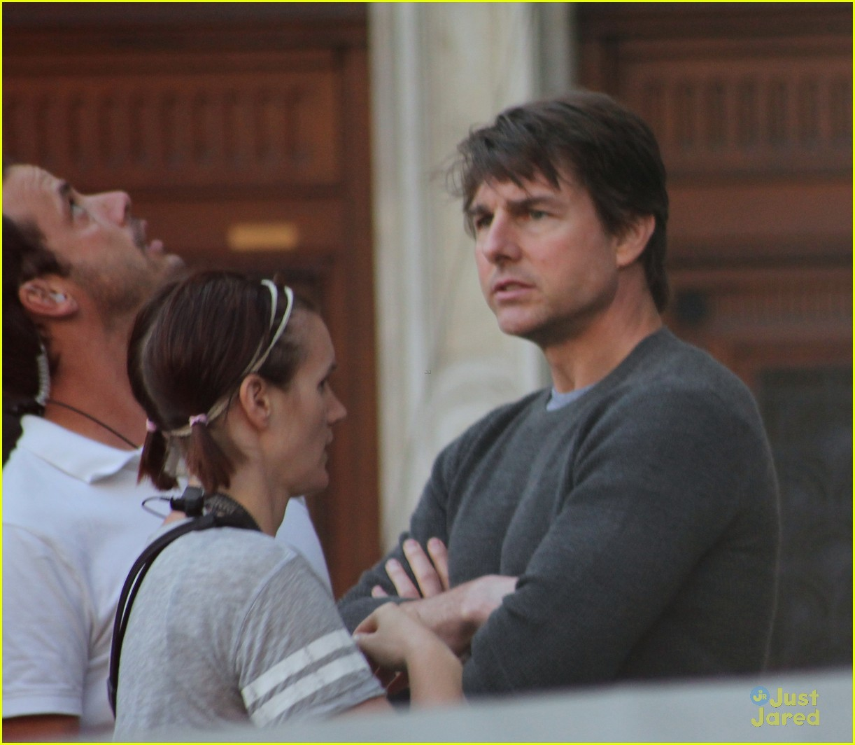 tom cruise filming stunts mission impossible 093180510