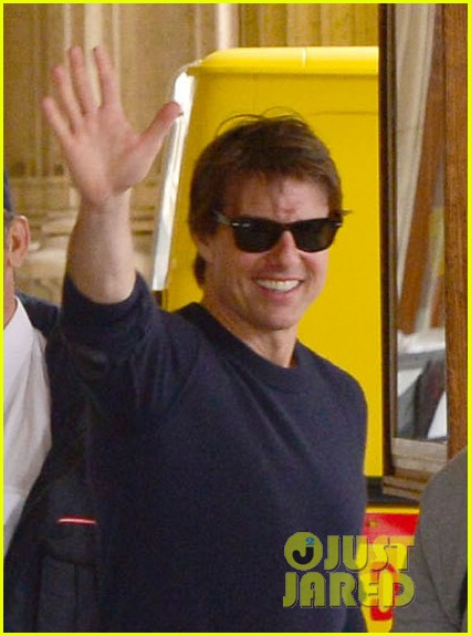 tom cruise swarmed fans vienna mission impossible 5 013179869