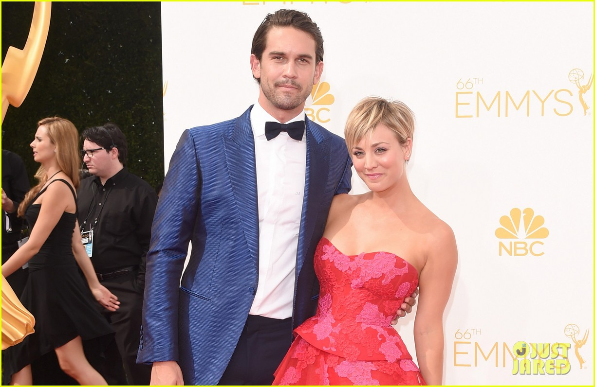 kaley cuoco ryan sweeting emmys 2014 red carpet 063183374