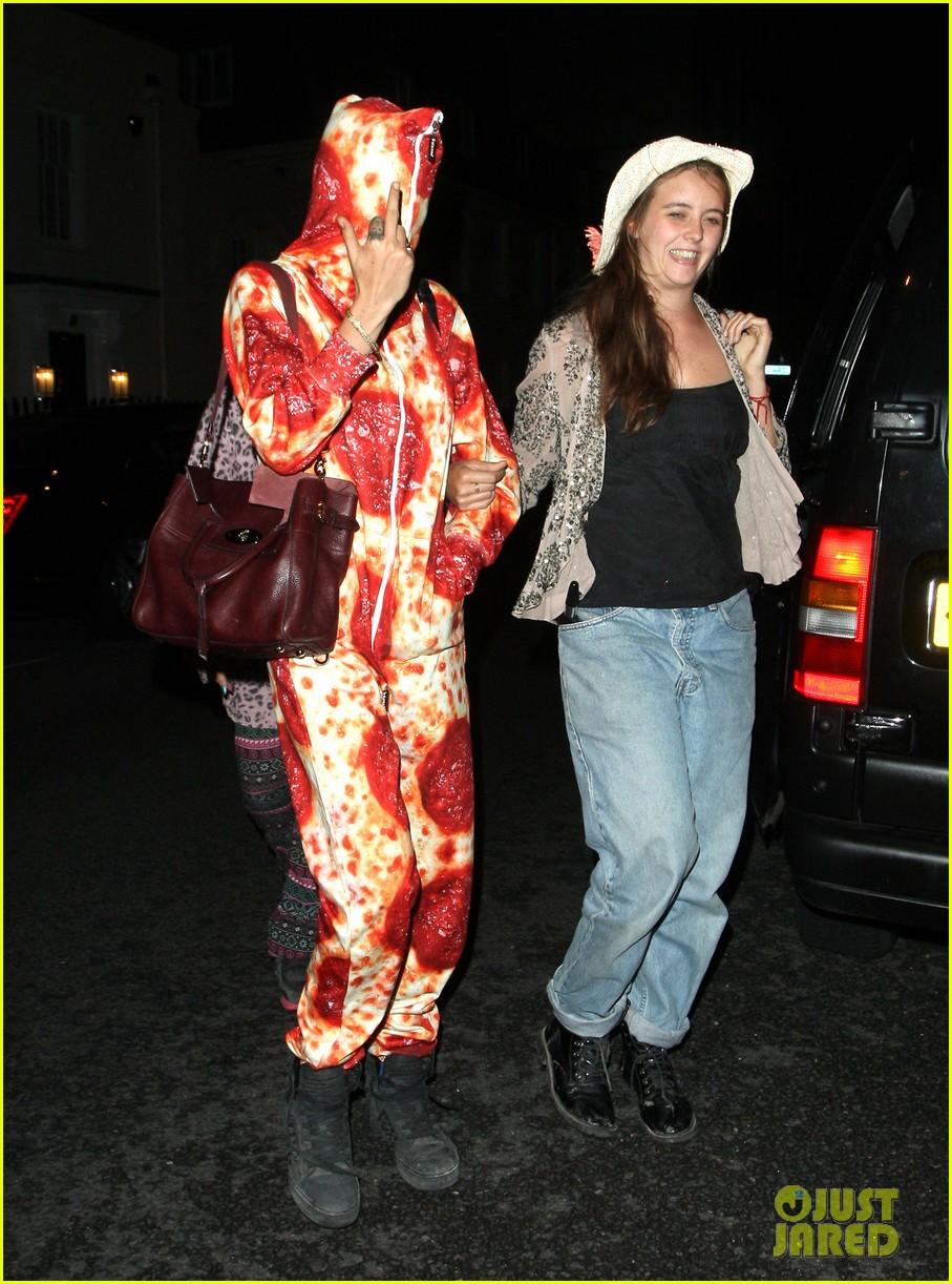 cara delevingne suki waterhouse bikini pepperoni pizza suit 043177457