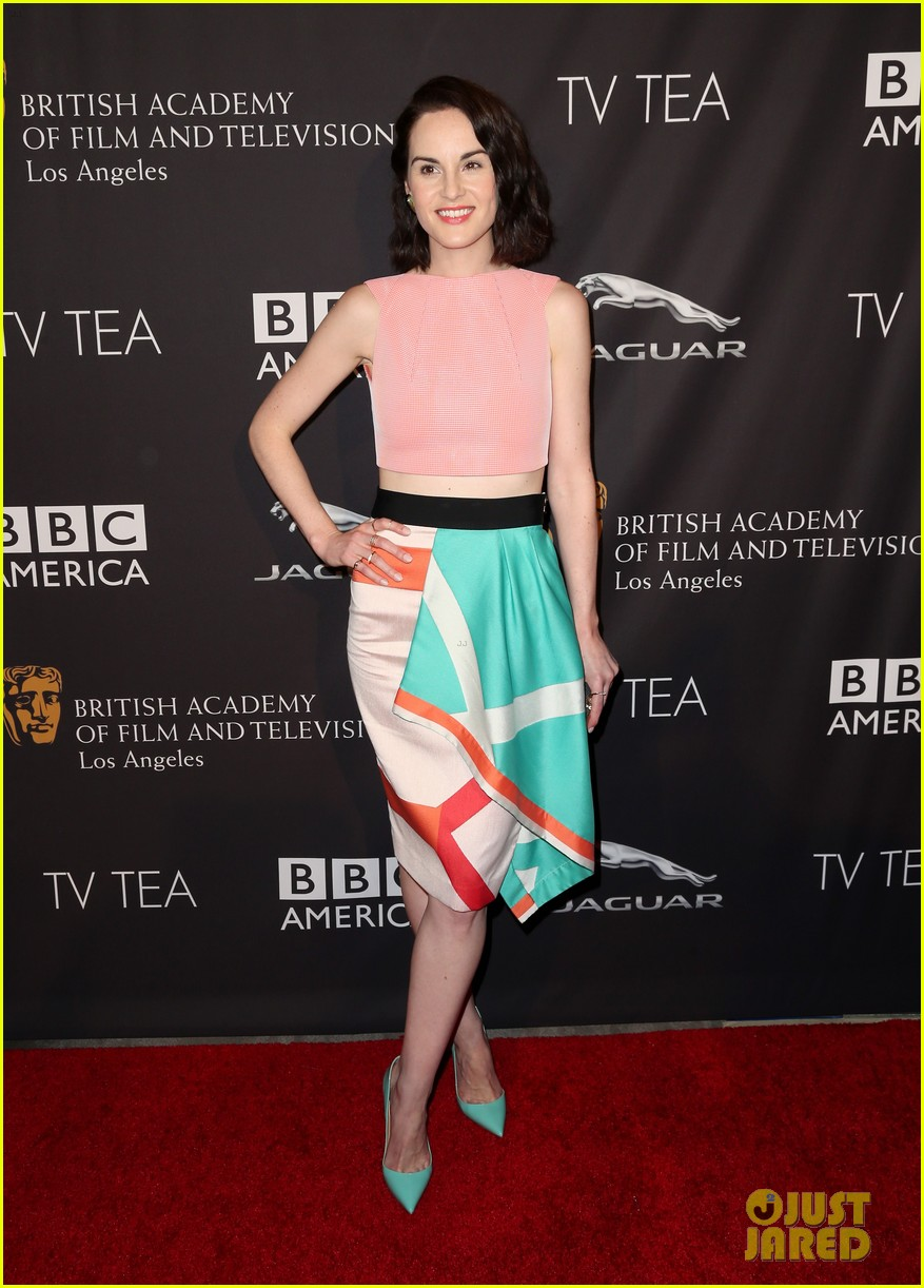 michelle dockery lizzy caplan bafta emmys party 023181736