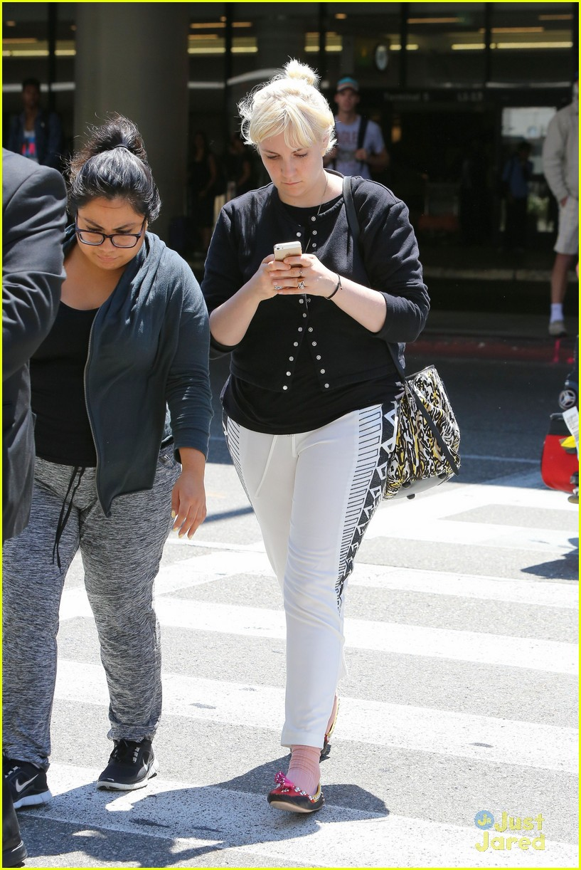 lena dunham platinum blonde lax hedwig broadway 113180713