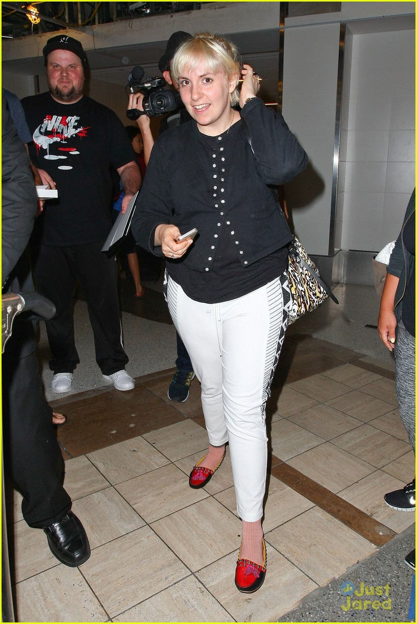 lena dunham platinum blonde lax hedwig broadway 133180715
