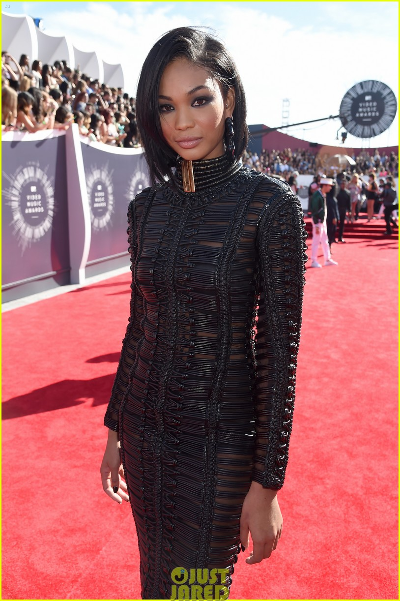 chanel iman jourdan dunn vmas mtv red carpet 053182524
