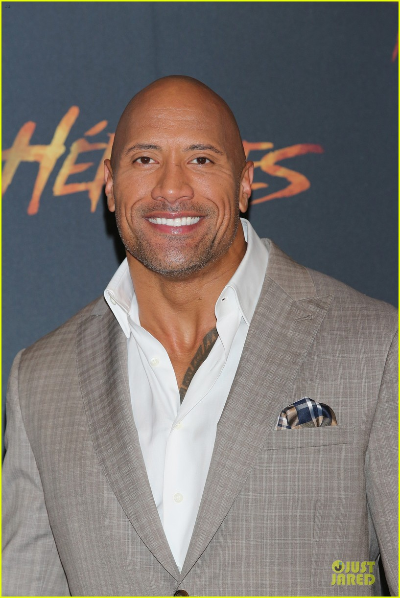 dwayne johnson ice bucket challenge 023178944
