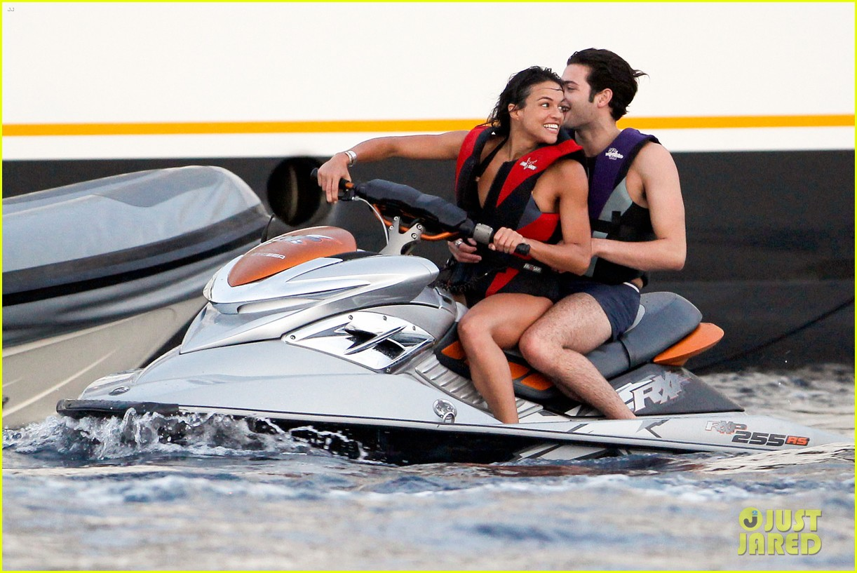 zac efron goes shirtless for jet ski fun with michelle rodriguez 073169332