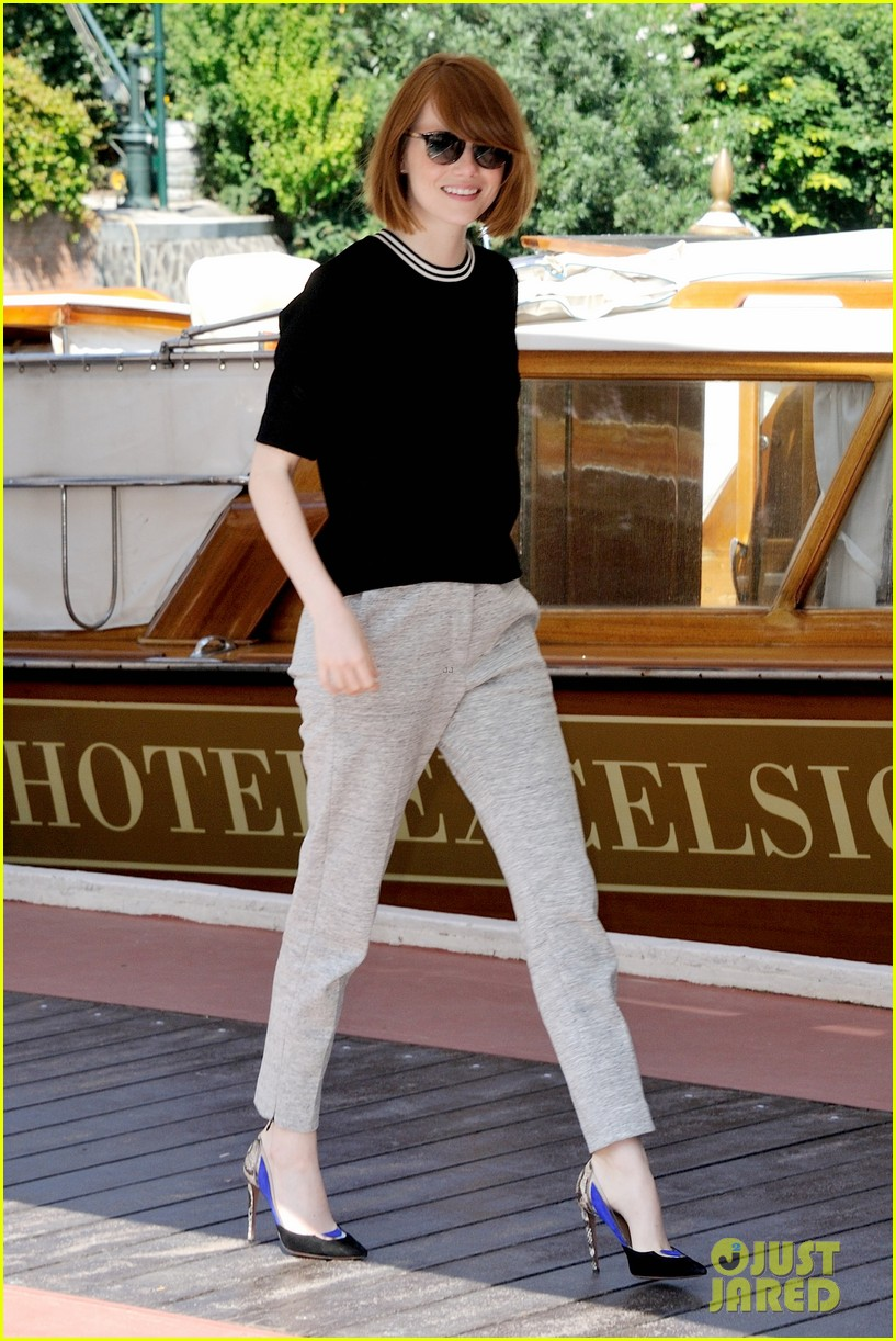 emma stone andrew garfield arm in arm lunch venice 073185539