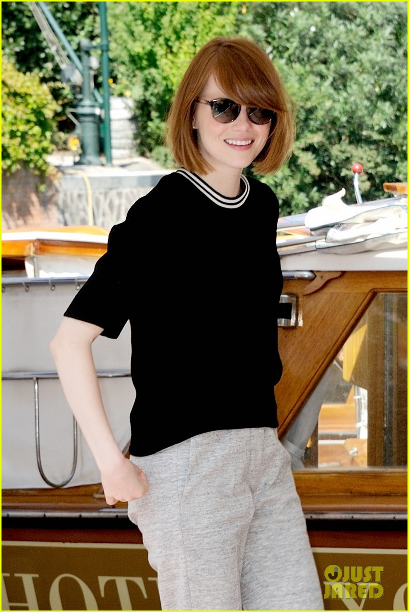 emma stone andrew garfield arm in arm lunch venice 083185540