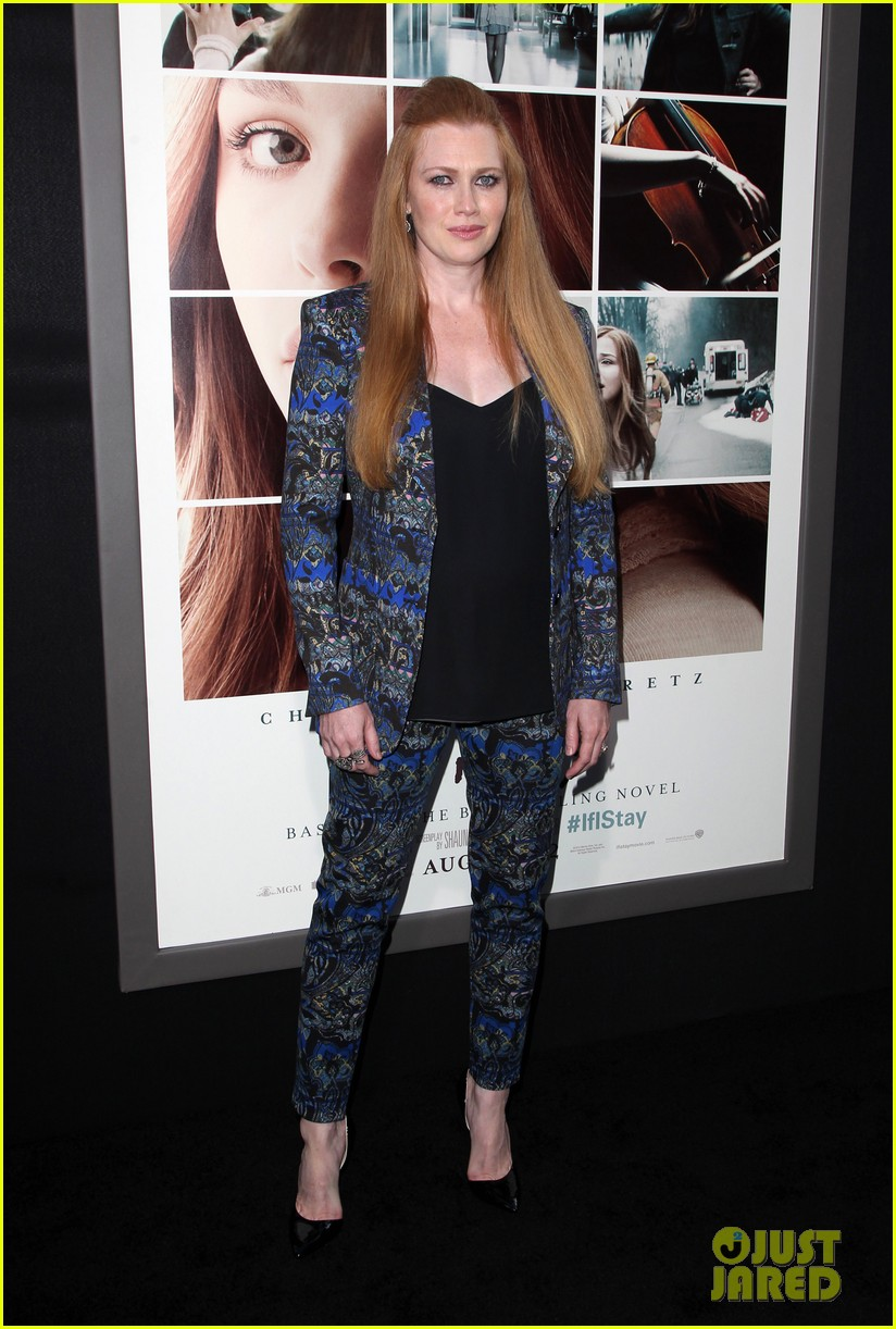 mireille enos debuts post baby body at if i stay premiere 013179934