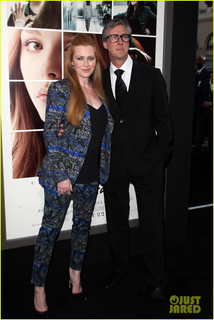 mireille enos debuts post baby body at if i stay premiere 103179943