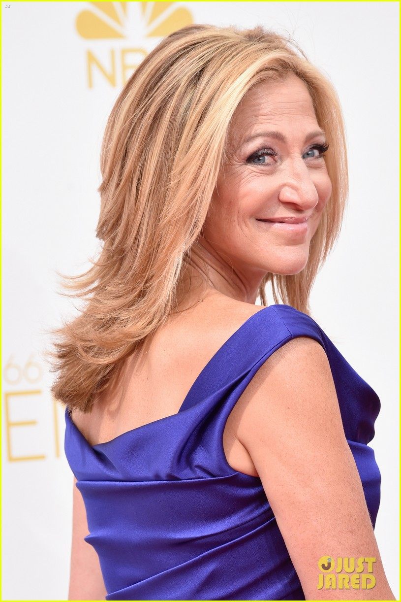 edie falco allison janney brighten up the emmys 2014 red carpet 053183420